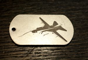 Маркировка жетона изображением бомбардировщика СУ-24