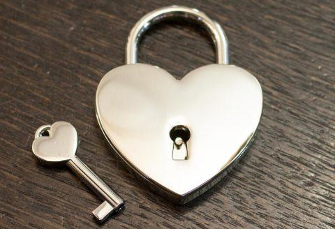 Свадебный замок сердце серебро